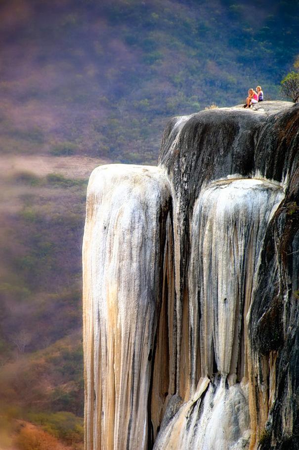 Застывший водопад Йэрве эль Агуа
