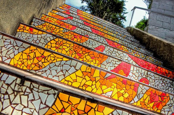 Мозаика на лестнице в Сан-Франциско