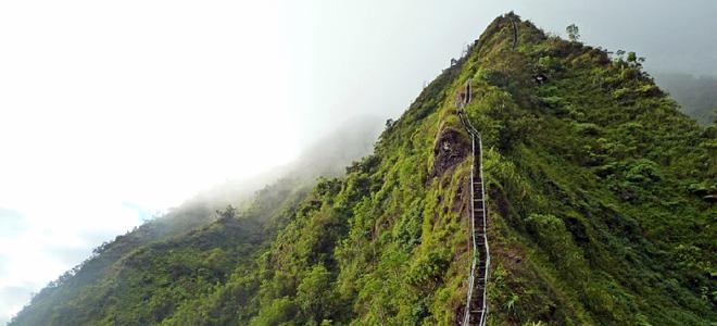 Уникальная тропа Хайку на Гавайях (9 фото)