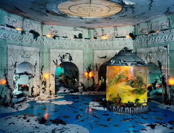 Миниатюрные пейзажи апокалипсиса Лори Никс (5)