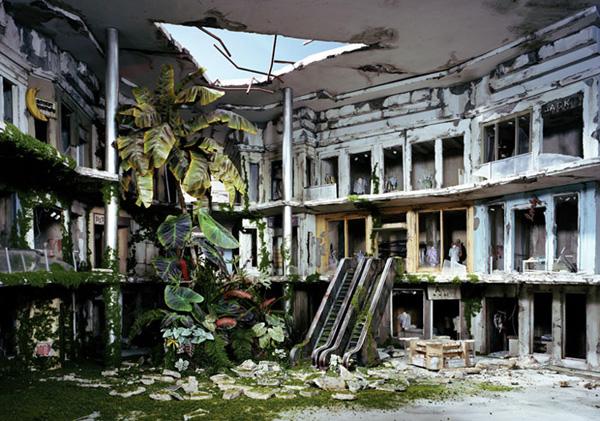 Миниатюрные пейзажи апокалипсиса Лори Никс (17)