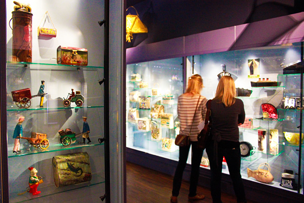 Музей сумок и кошельков в Амстердаме (17)