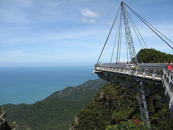 Небесный мост Лангкави в Малайзии