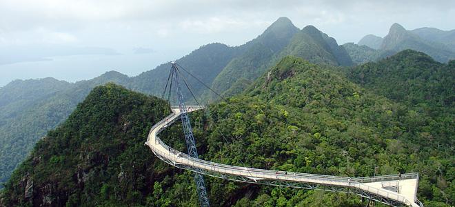 Небесный мост Лангкави в Малайзии (13 фото)