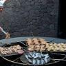 Ресторан El Diablo — там, где готовят над жерлом вулкана (9 фото)