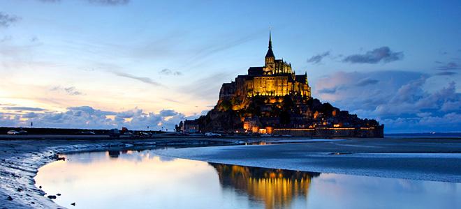 Замок аббатства Мон Сен-Мишель во Франции (11 фото)