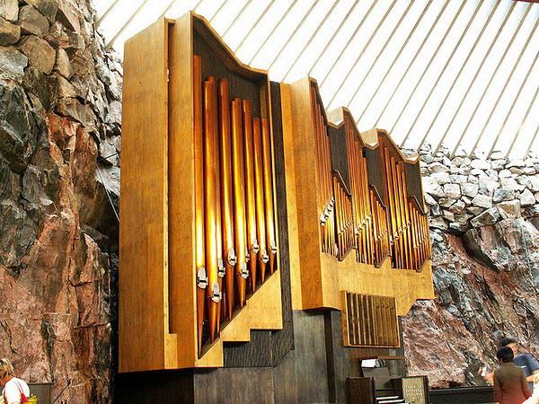 Церковь Темппелиаукио в Финляндии