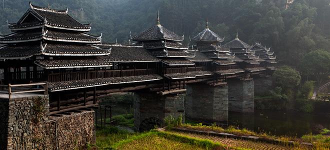 Мост дождя и ветра Ченьян (9 фото)