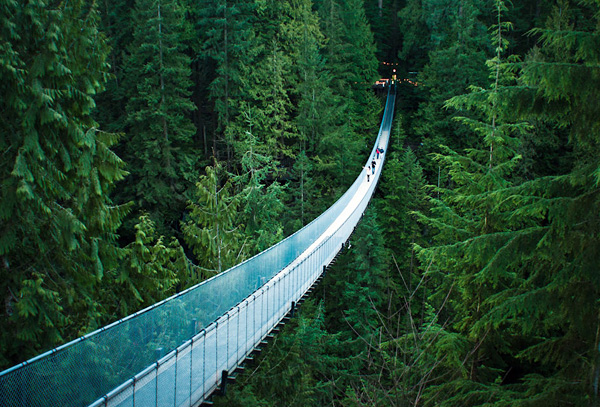 Подвесной мост Капилано в Канаде