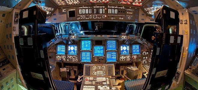 Внутри космического шаттла Индевор (11 фото)