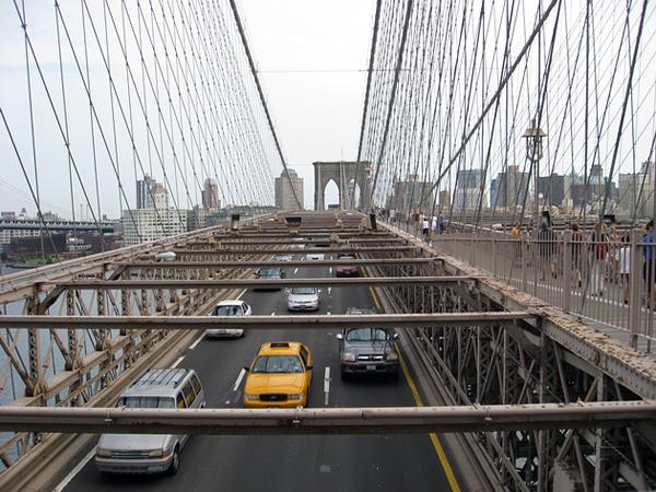 Бруклинский мост - символ Нью-Йорка (8)
