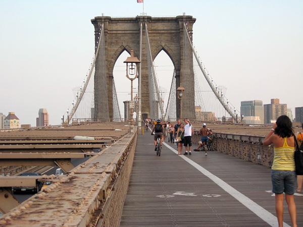 Бруклинский мост - символ Нью-Йорка (6)