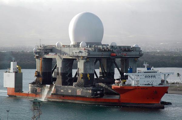 Корабль Blue Marlin - гигантский помощник