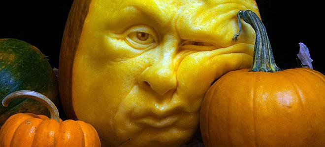Рэй Виллафэйн и его скульптуры из тыкв (15 фото)