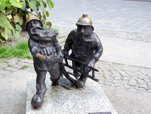 Город гномов Вроцлав в Польше (18)