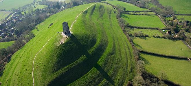 Холм святого Михаила в графстве Сомерсет (7 фото)