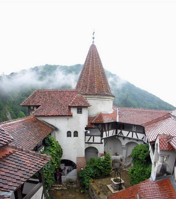 Замок Бран в Румынии