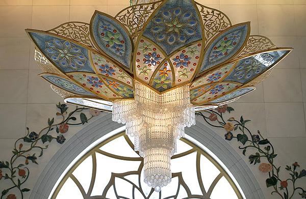 Белая мечеть шейха Заида в ОАЭ