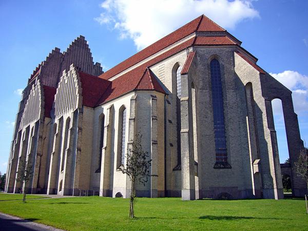 Церковь Грундтвига в Копенгагене (3)