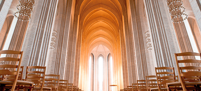 Церковь Грундтвига в Копенгагене (11 фото)