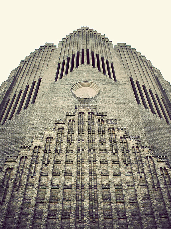 Церковь Грундтвига в Копенгагене (11)