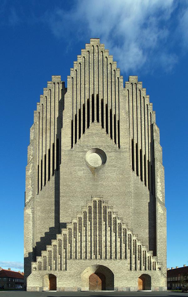 Церковь Грундтвига в Копенгагене (5)
