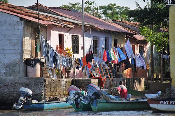 Город-остров Мескальтитан в Мексике  (15)