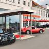 Отель V8 для любителей автомобилей в Штутгарте (15 фото)