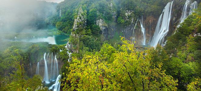 Плитвицкие озера и водопады (13 фото)