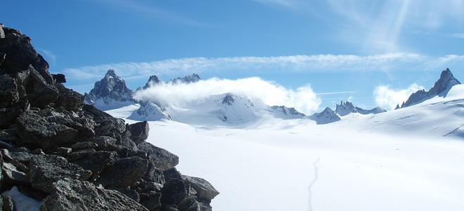 Снежная лавина — опасная красота (5 фото)