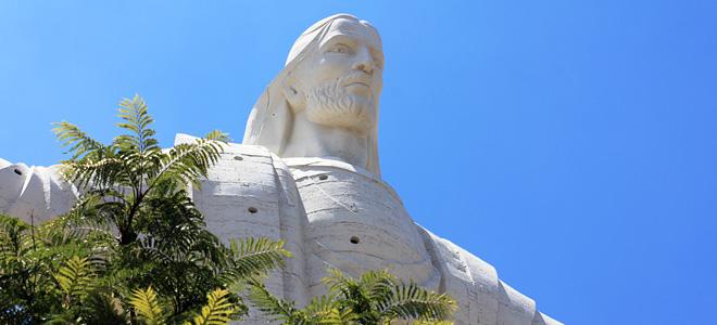 Статуя Кристо де ла Конкордия в Боливии (7 фото)