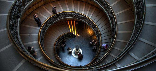 Завораживающее очарование винтовых лестниц (25 фото)