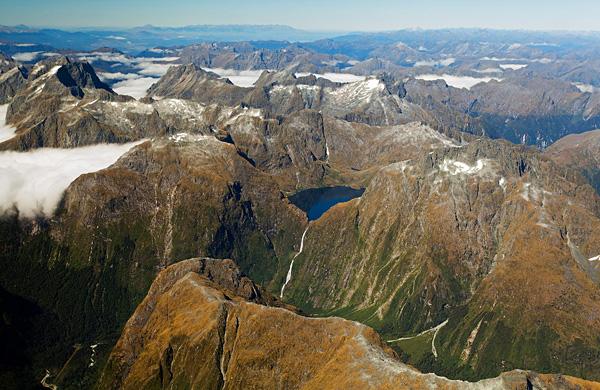 Водопад Сазерленд в Новой Зеландии