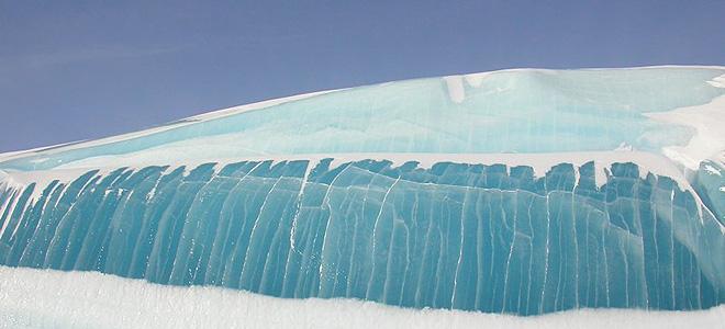 «Замерзшие волны» Антарктиды (5 фото)