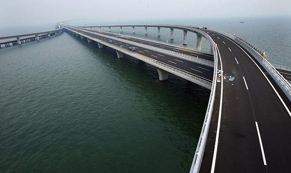 Циндаоский мост через залив Цзяочжоу