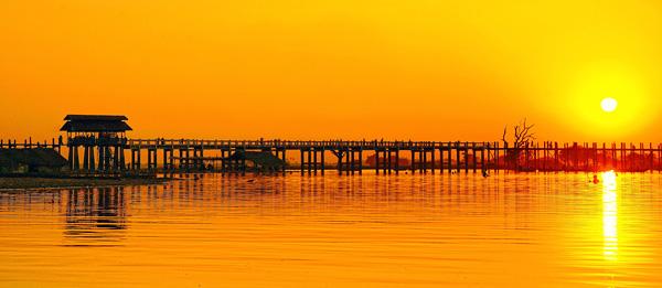 Деревянный мост У Бейн