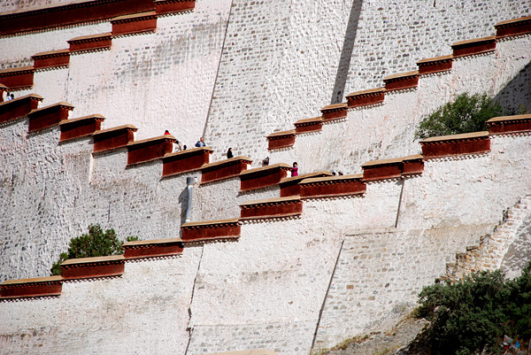 Дворец Потала в городе Лхаса
