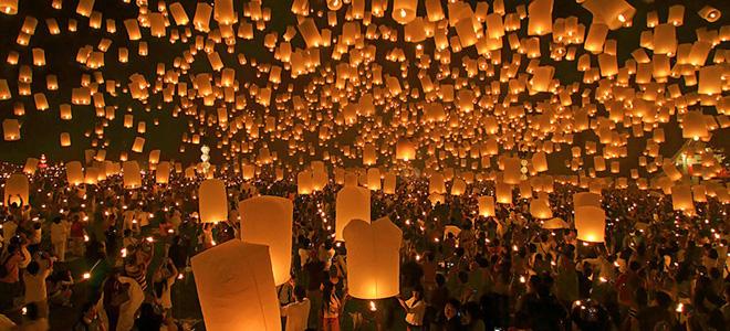 Фестиваль небесных фонариков в Тайланде (7 фото)