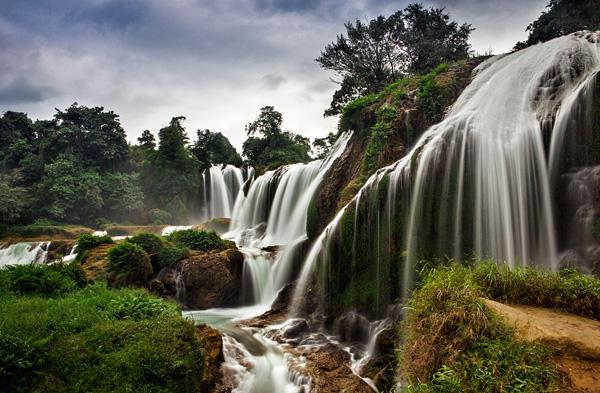 Красивейший водопад Детиан