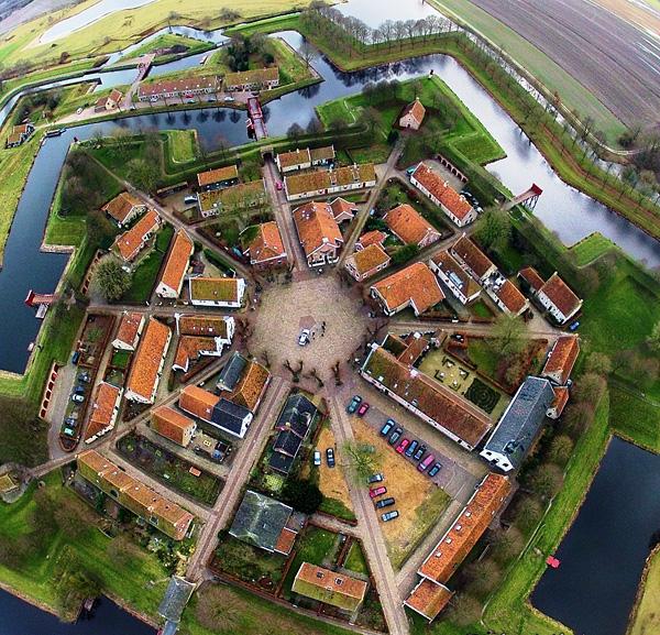 Крепость Буртанье в форме звезды