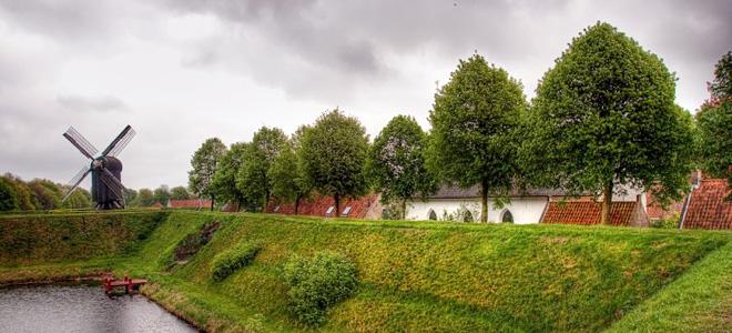 Крепость Буртанье в форме звезды (9 фото)