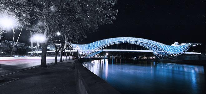 Мост Мира в Грузии (7 фото)