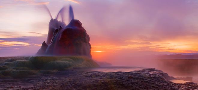 Невероятный гейзер Флай в штате Невада (7 фото)