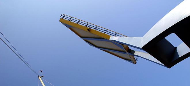 Подъемный мост Слауэрхоф в Нидерландах (5 фото)