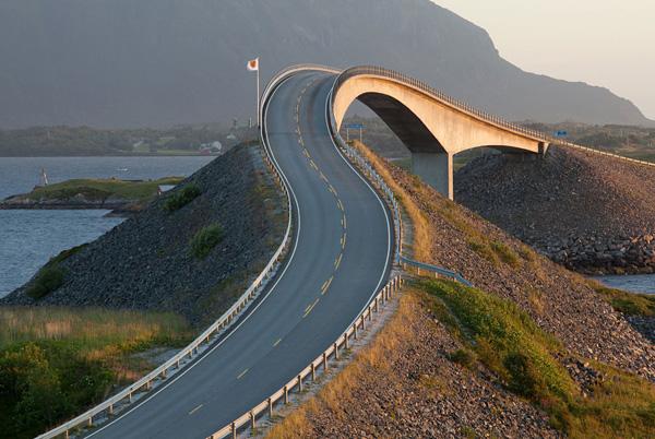 Сторсесундетский мост в никуда