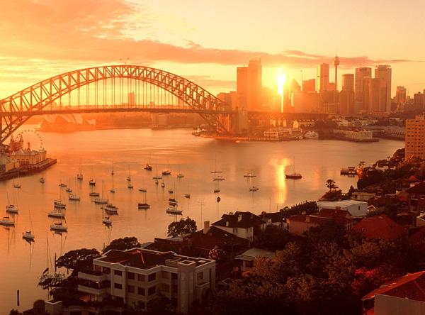 Мост Харбор-Бридж - символ Сиднея