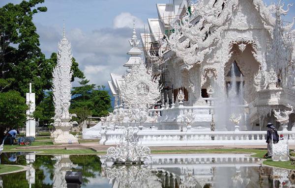 Белый храм Ват Ронг Кхун в Тайланде