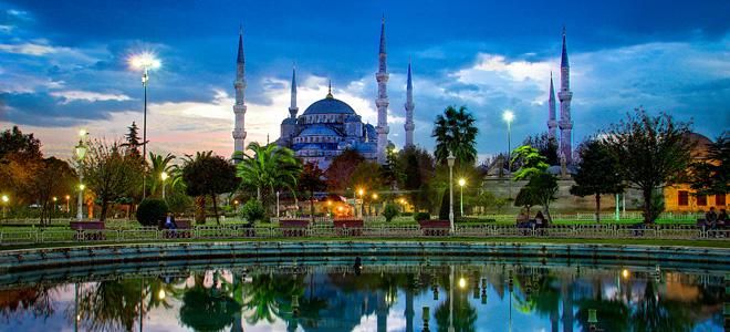 Голубая мечеть Султанахмет в Стамбуле (9 фото)