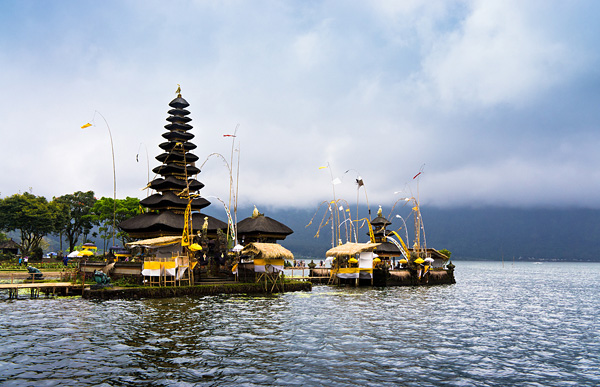 Храм бога Шива Пура Братан на Бали