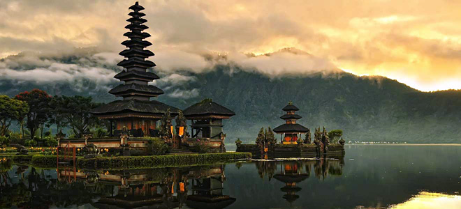 Пура Братан — храм бога Шива на Бали (9 фото)